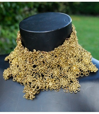 Collier doré collier de chien en laiton par Martine Brun