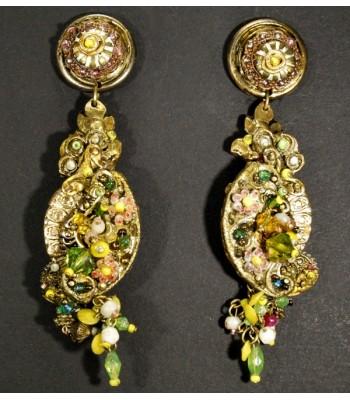 Boucles d'oreilles dorées en bronze et laiton avec perles de verre