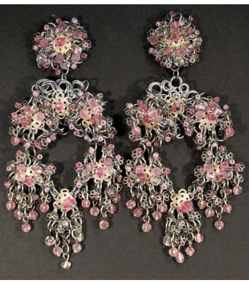 Boucles d'oreilles fantaisie argentées en acier avec perles roses créées par Martine Brun