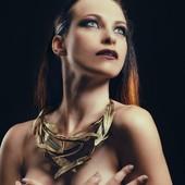 Collier Olympic en vente sur mon site : www.martinebrun.com @martinebrunjewelry Photo @warpedgalerie Modèle @kate_demise Make up @coka.maquilleuse #site #bijouxfemme #madeinfrance🇨🇵 #recycled #pièceunique #jewels #jewelry #bronze #fashionstyle #tendancemode #designer #baroquestyle #bijouxfantaisie #stylefashion #beauté #vente #femme #accessories