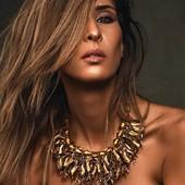 Collier RASTA en vente sur mon site www.martinebrun.com @martinebrunjewelry photo @jacques_dussaux modèle @wywyfaz maquillage @deborah.b.makeupartist #bijoux #bijouxfemme #bijouxlovers #bijouxfaitmain #doré #HorsNormes #femmes #metalart #modelunique #france #boutique #jewelry #dore #rares