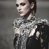 bijoux#accessoire#collier#necklace#argente#hautefantaisie#baroque#faitmain#madeinfrance#luxe#pieceunique#jewel#recycle#metal#mannequin#shooting#fashion#jewelrydesign#paris#bijouxcreateur#highfashion#shoot#tendance#mode#fashionjewelry#photo#design#swarowski#collar#silver#perleenverre photo @ares_duval  modèle @ninalxr make up @thefrenchbeautyboy robe @estelle_creatrice  bijou @martinebrunjewelry