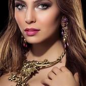 COLLIER FLORAL en vente sur mon site www.martinebrun.com collier et boucle @martinebrunjewelry photo]melinadros #recup #Accessoir #beautygirl #modelunique #bijouxlovers #collierfemme #tendance2021 #fashionaddict #bijouxcréateur #collierfaitmain #metal #madeinfrance #luxurystyle #collier #femmes #jewelry #dore #hautefantaisie
